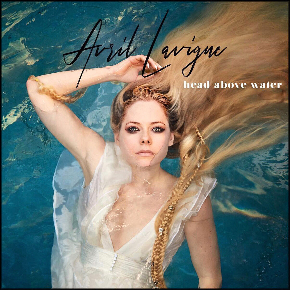 AVRIL_LAVIGNE_HEAD-_ABOVE_WATER_01