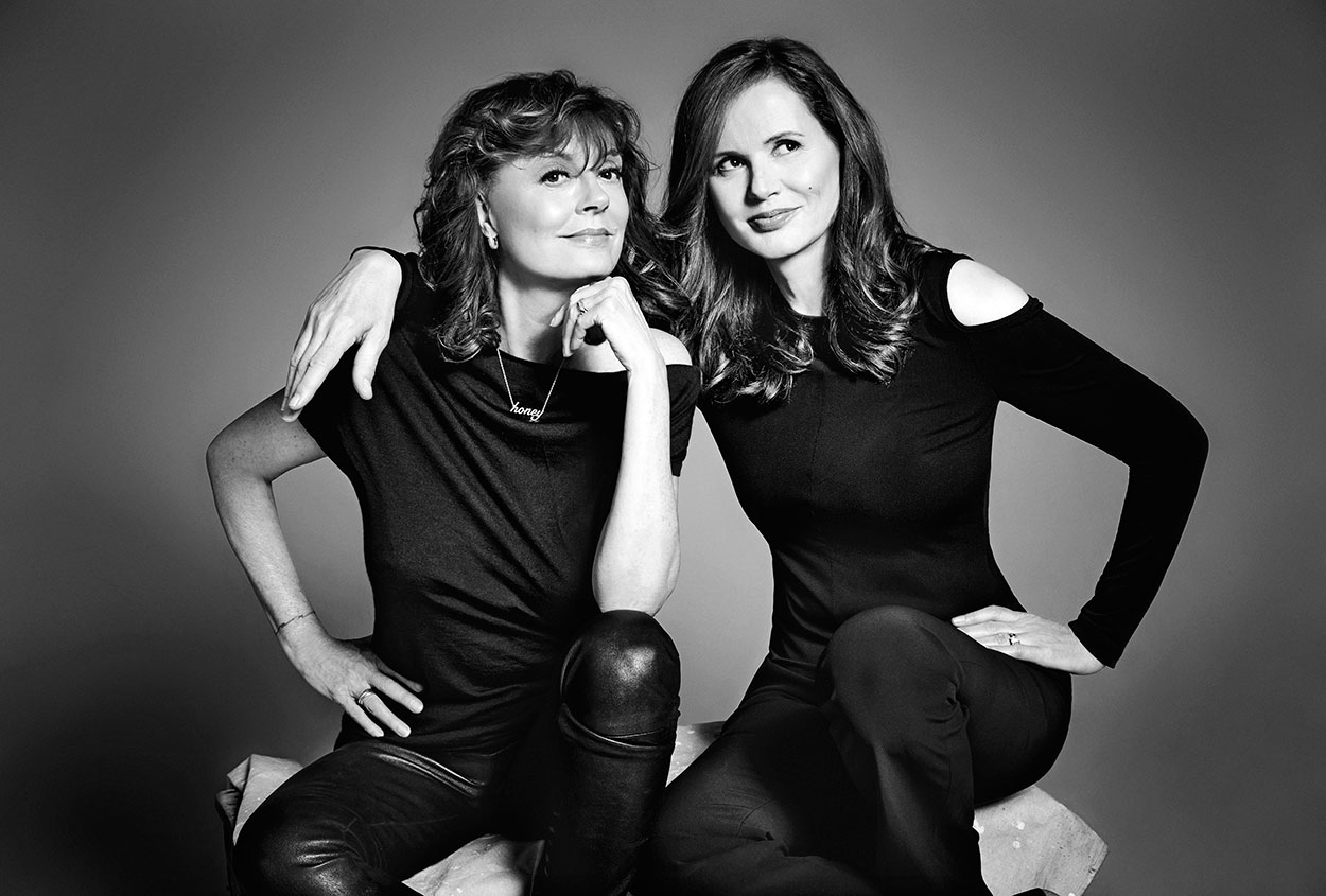 SUSAN-SARANDON-AND-GEENA-DAVIS-2X